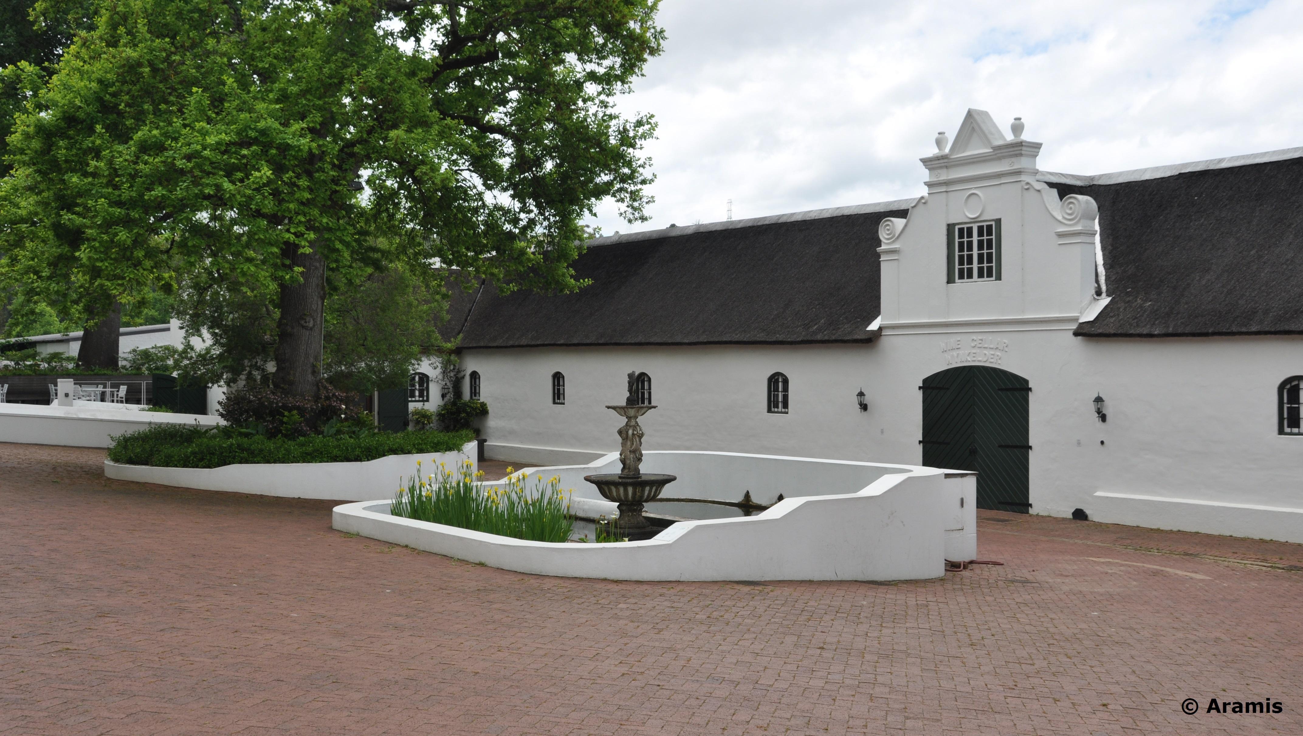 Neethlingshof_Stellenbosch_cortile