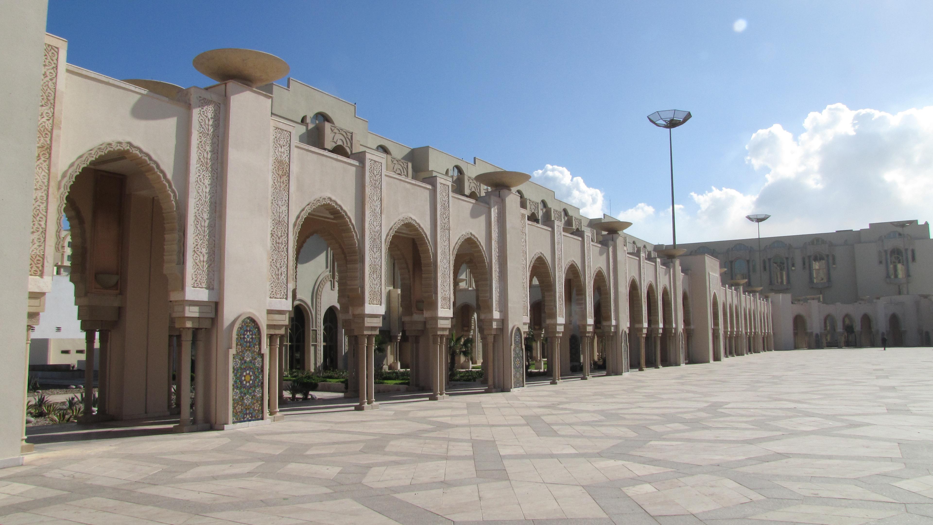 Casablanca_piazzale della moschea_2