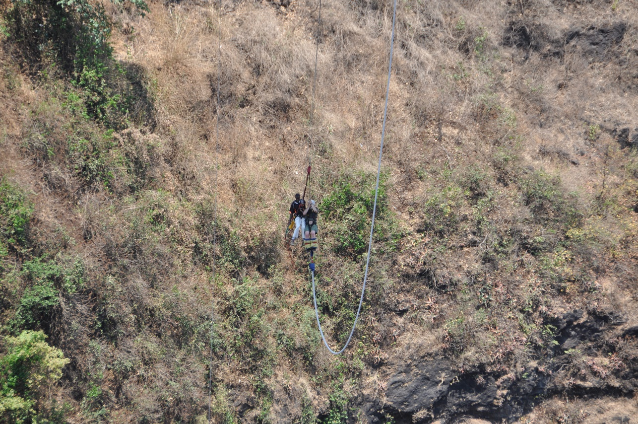 Vicoria Falls bungee jumping