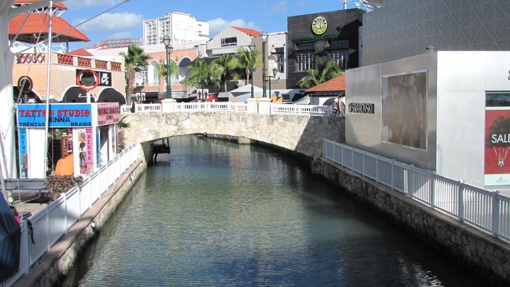 Cancun 3