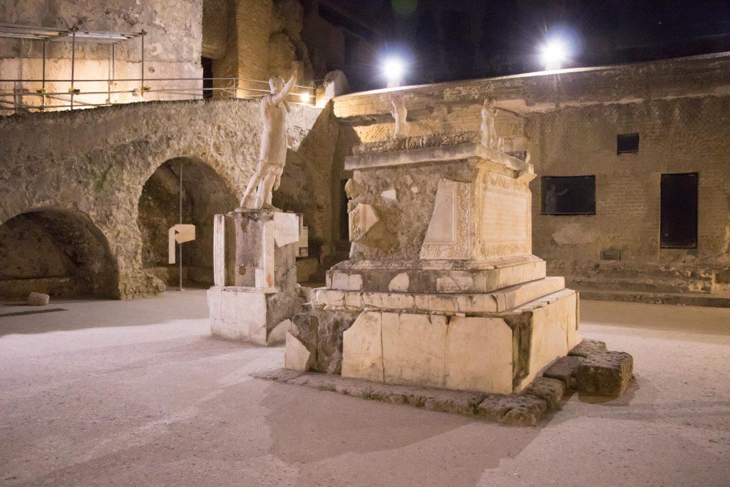 scavi di Ercolano di sera 3